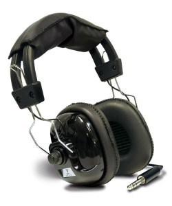Bounty Hunter HEAD PL headphones